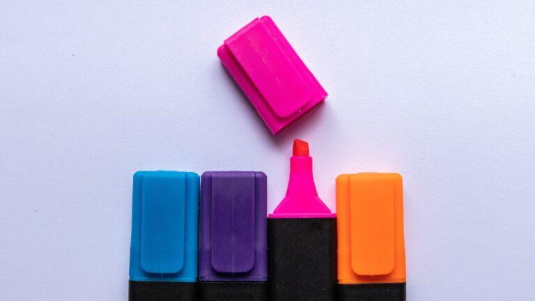 Cum il inveti culorile