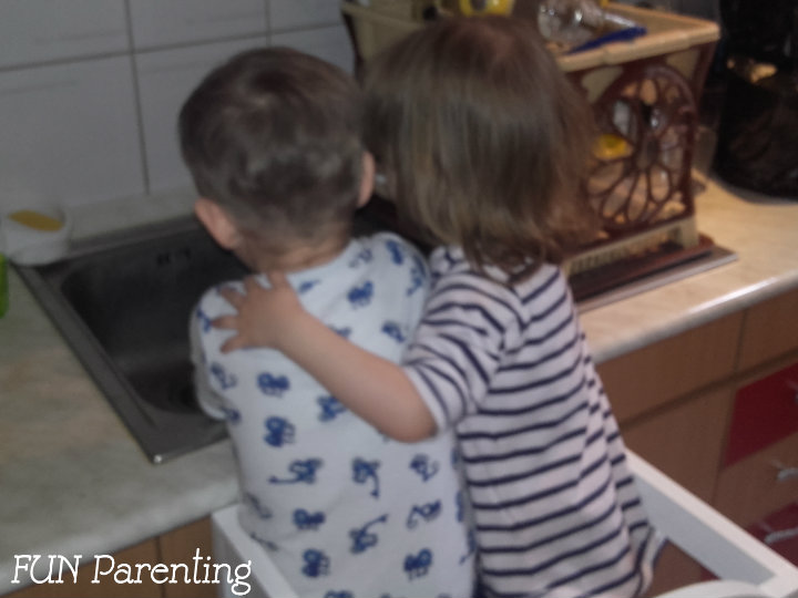 http://www.funparenting.ro/despre-emotii-si-inteligenta-emotionala-a-copiilor/