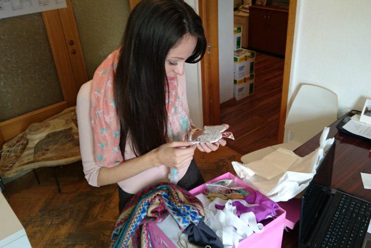 cutia-roz-si-idei-de-cadouri-handmade-pentru-craciun