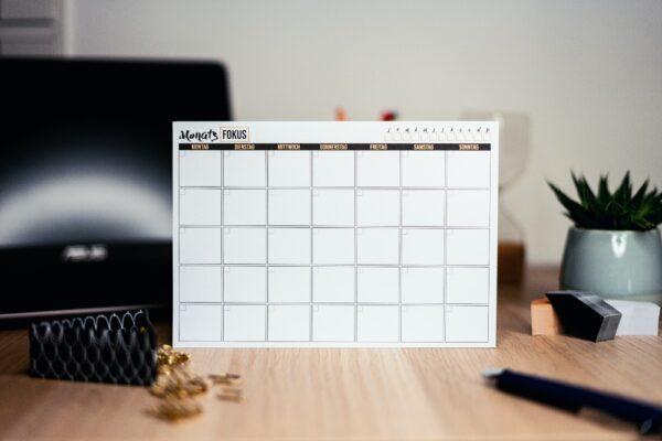 Cum sa ii invatam zilele saptamanii + calendar pentru gradinita