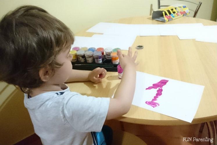 Cifre, numarat si pictatul cu degetele (2)