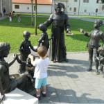Cum poti ajuta un copil care trece prin perioada de doliu (0-3 ani)