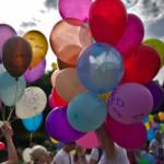 Sa priveasca medicii baloanele trimise catre ingerul nostru