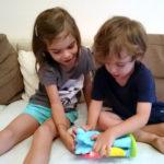 Despre prietenia dintre copii – cu magie si scantei (P)