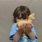 Cum sa dezvolti creativitatea copilului tau construind jucarii impreuna (P)