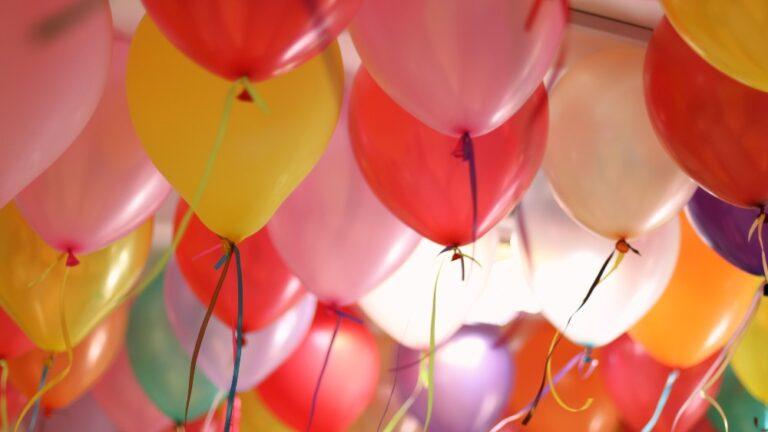 Experiment baloane și țepușe