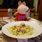 Salata cu avocado si nuci