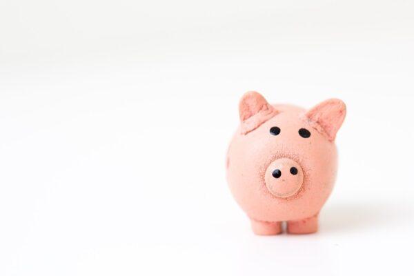 De ce îi dau bani copilului meu în fiecare lună, chiar dacă are doar 5 ani?