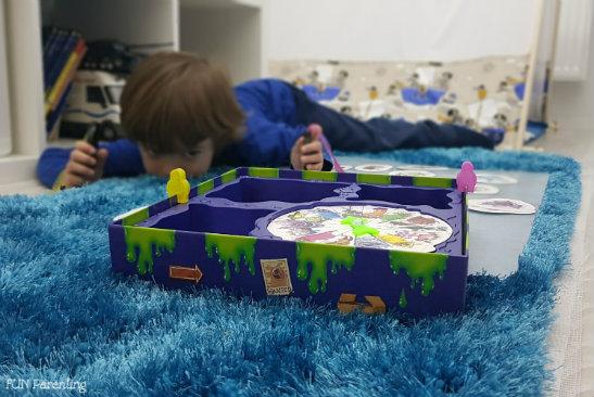 De la pasionata de jocuri de societate, la jocuri pentru copii (P)