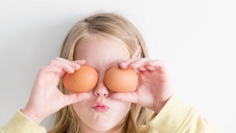 Cum să determini copilul să mănânce - fără stres, fără pedepse, fără recompense