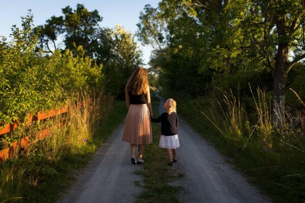 Cum este un părinte sănătos emoțional în relație cu copilul lui